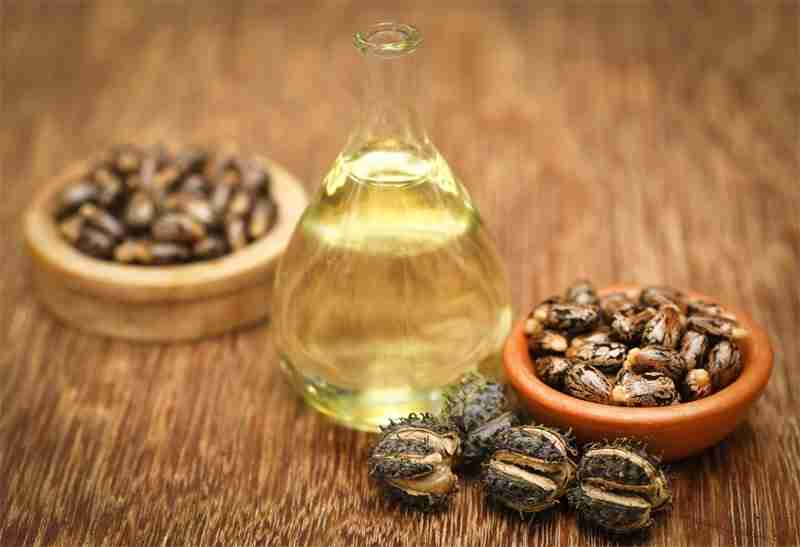 The Benefits of Castor Oil in Skincare